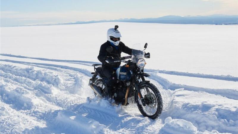 Royal Enfield inicia la conquista del Polo Sur