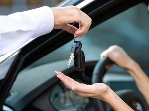 Rentalcars transforma el alquiler de autos con un nuevo servicio