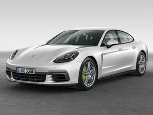 Porsche Panamera 4 E-Hybrid 2018 se presenta