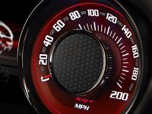 Chrysler llama a revisión al Dodge Challenger 2015