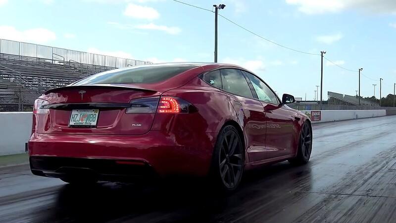 Tesla Model S Plaid confirmó que es el auto de producción más veloz del mundo
