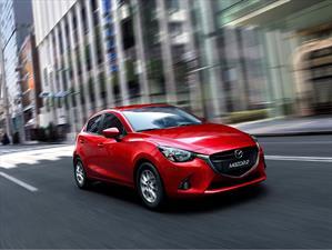 Mazda2 es nombrado Auto del Año 2014 - 2015 en Japón