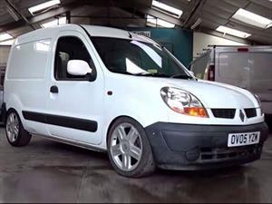 Dale más gasolina: Una Renault Kangoo con un corazón especial