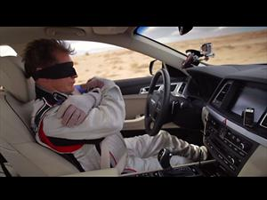 Video: Hyundai demuestra sus dispositivos de seguridad con un convoy sin conductores
