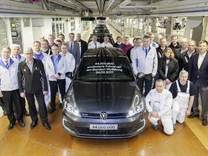 Volkswagen produce su unidad 44 millones en Wolfsburg