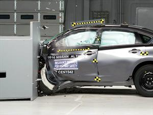 Nissan Altima 2016 obtiene el Top Safety Pick+ del IIHS