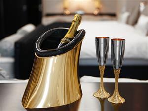 Aston Martin enfría tu botella de champagne a un precio exorbitante