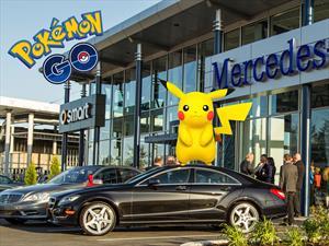 Siguiendo a Pokémon Go podés terminar comprando un Mercedes-Benz