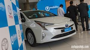 Toyota lanza en Chile su propio servicio de movilidad y arriendo de vehículos