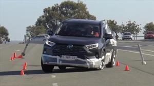 Ahora si: Toyota Rav4 2020 enmienda sus fallas en la prueba del alce
