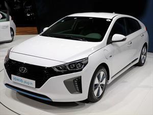 Hyundai Ioniq recibe reconocimiento de diseño Red Dot 2016
