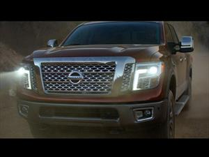 Video: Nissan Titan XD 2016 rinde tributo a Chevrolet, Ford y Ram