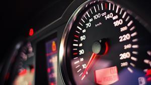 No vale la pena exceder la velocidad máxima