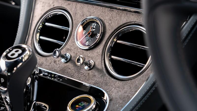 ¿Cuántas opciones de personalización ofrece Bentley a sus clientes?