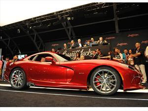 SRT Viper GTS 2013  es subastado en 300,000 dólares