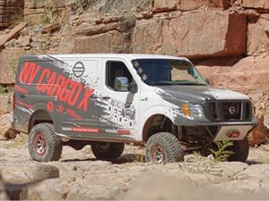 Nissan NV Cargo X, la van off-road