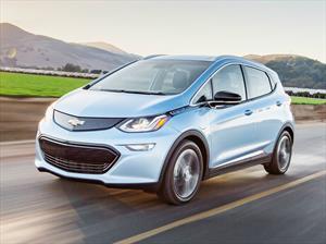 Chevrolet ofrece autonomía eléctrica de 455 km, con el Bolt EV