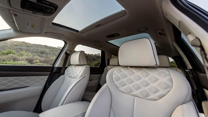 Hyundai recibe reclamos por los fétidos asientos de cuero del Palisade