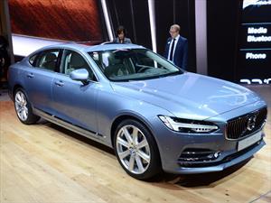 Volvo S90 2017, equipa sistema de conducción semi-autónomo