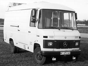 El primer vehículo de conducción autónoma fue esta van Mercedes-Benz