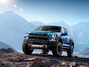 Ford F150 Raptor 2017 en Chile, una camioneta que es puro vertigo