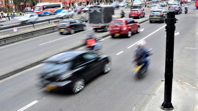 Cámaras salvavidas controlarán límite de velocidad en Bogotá