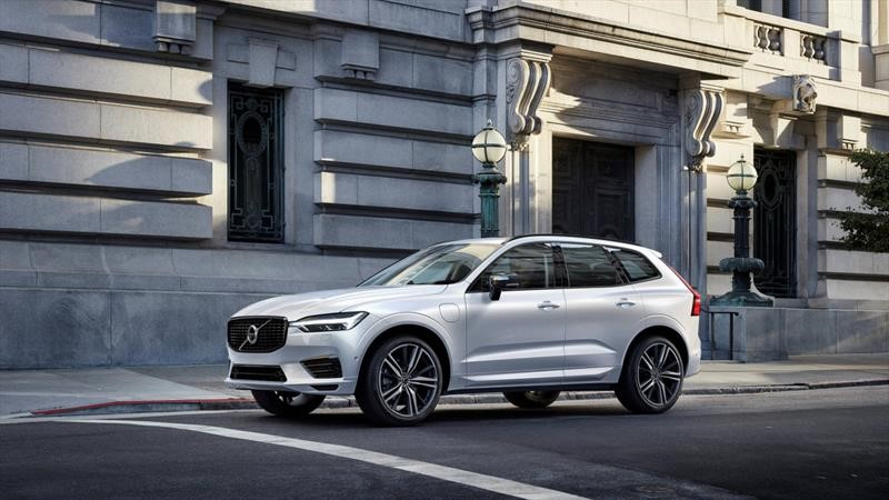 El Volvo XC60 híbrido ya se vende en Europa