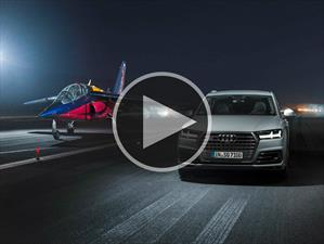 Video: Audi SQ7 vs Alpha Jet