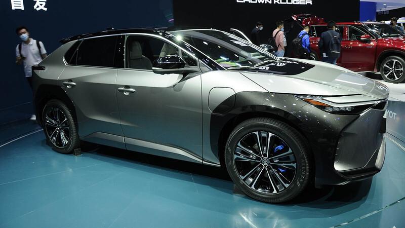 Shanghai 2021: Toyota revela el anticipo de su primer eléctrico, el bZ4X Concept