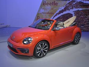 Volkswagen Beetle Convertible Wave, conducción al aire libre