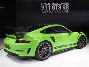 Porsche 911 GT3 RS con el paquete Weissach mejora aún más el desempeño