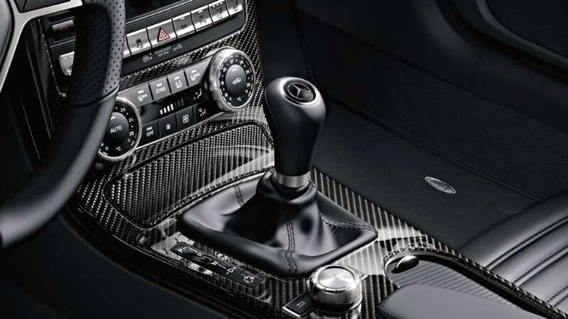 Mercedes-Benz se despide en las cajas manuales