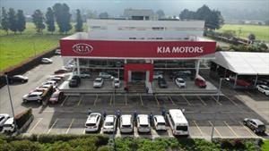 Kia entregará una flota de autos a la Cruz Roja para transportar a su personal médico