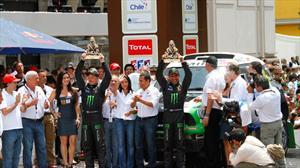 Deslumbrante participación de MINI en el Dakar 2012