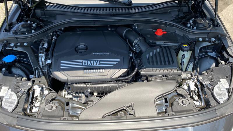 ¿Cómo elegir el aceite adecuado  para el motor de su auto?