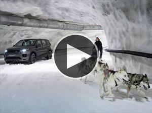 Video: Land Rover Discovery Sport es desafiada por un trineo de Huskies