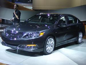 Acura RLX Sport Hybrid SH-AWD 2014 se presenta
