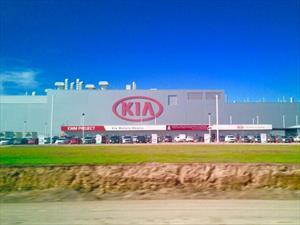 KIA terminó la construcción de su planta en México