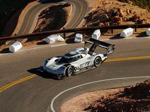 Volkswagen barre con la historia en Pikes Peak