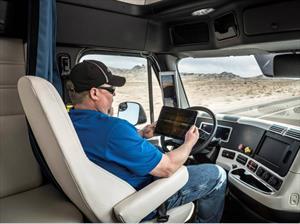 Camioneros se quedarán sin trabajo por la conducción autónoma
