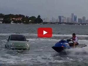 Video: FIAT 500 contra Jet Ski