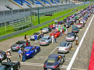 """Porsche celebra """"50 años del 911"""""""
