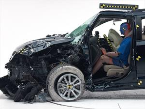 Dodge y Jeep obtienen malos resultados en pruebas de choque del IIHS