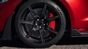 Cómo preparar las ruedas del auto si va a quedar quieto muchos días