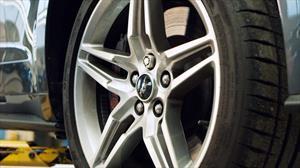 Ford desarrolla un curioso avance para los pernos de seguridad en las llantas