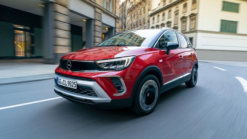 Opel Crossland 2021 llega a Chile luciendo el nuevo Opel Vizor