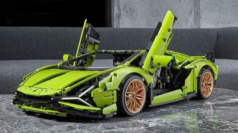 Sián FKP 37, el Lamborghini más poderoso de la historia, es recreado por de LEGO