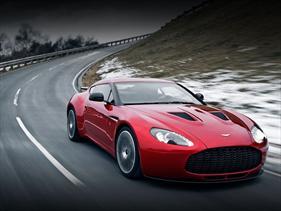 Aston Martin V12 Zagato debuta en el Salón de Ginebra