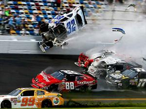 Brutal accidente en Daytona