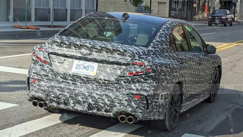 Subaru WRX 2022 es espiado en pruebas de ruta